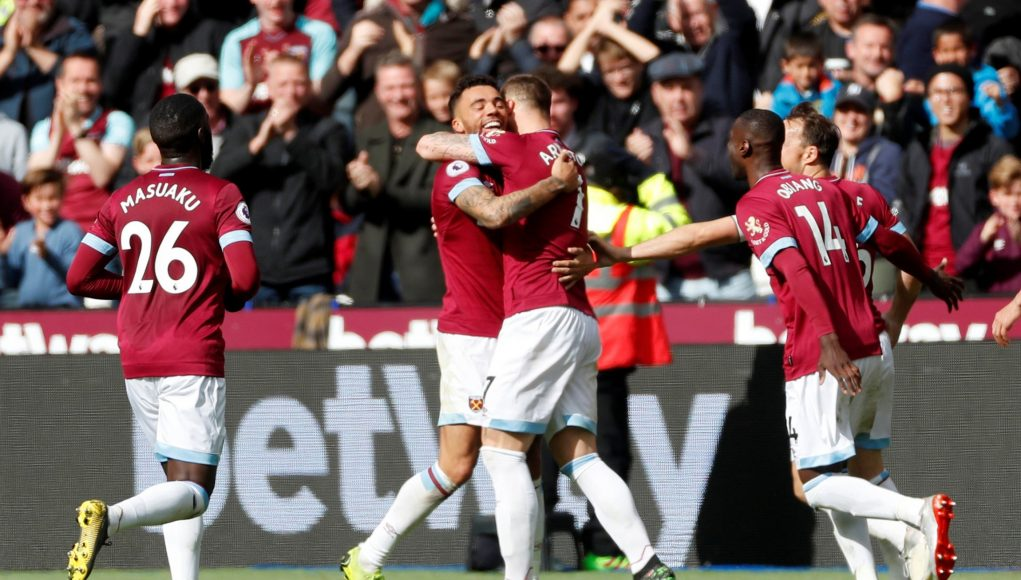 West Ham celebrate goal v Southampton